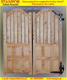Futryna drewniana regulowana